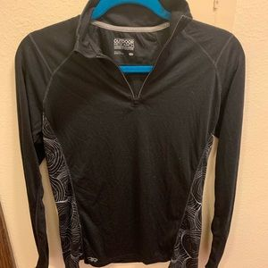 Barely worn Outdoor research pull over